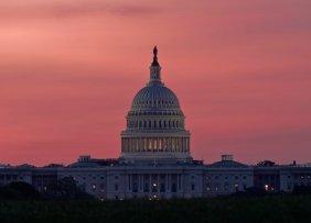 us-capitol-at-dawn-1300w-867h